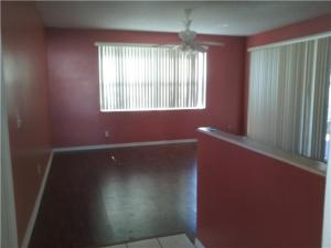 Additional photo for property listing at 7924 Audrey Court 7924 Audrey Court Lake Worth, Florida 33467 Vereinigte Staaten