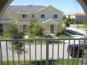 Additional photo for property listing at 27423 SW 143rd Avenue 27423 SW 143rd Avenue Homestead, Florida 33032 Estados Unidos