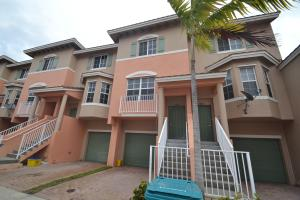Townhouse for Rent at 1818 NE 6th Street 1818 NE 6th Street Boynton Beach, Florida 33435 United States