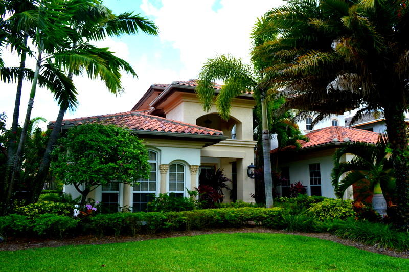 Home for sale in MAHEU ESTATES ADD 1 Palm Beach Gardens Florida