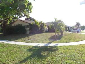 228 Bobwhite Rd Royal-Palm-Beach, FL 33411