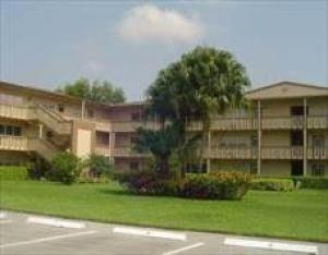 Additional photo for property listing at 531 Fanshaw M 531 Fanshaw M Boca Raton, Florida 33434 États-Unis