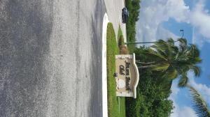 Condomínio para Locação às 4468 NE Ocean Boulevard 4468 NE Ocean Boulevard Jensen Beach, Florida 34957 Estados Unidos