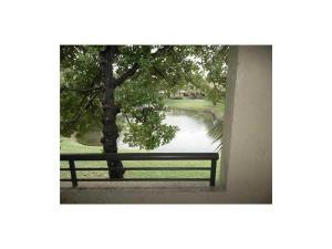 Eigentumswohnung für Mieten beim 651 Lyons Road 651 Lyons Road Coconut Creek, Florida 33063 Vereinigte Staaten