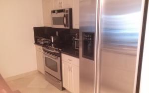 Additional photo for property listing at 3009 S Ocean Boulevard 3009 S Ocean Boulevard Highland Beach, Florida 33487 Estados Unidos