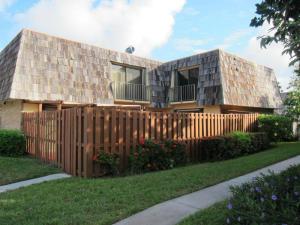 Casa unifamiliar adosada (Townhouse) por un Alquiler en 624 Springdale Circle 624 Springdale Circle Palm Springs, Florida 33461 Estados Unidos