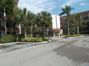 Fountains Of Palm Beach Condo 8