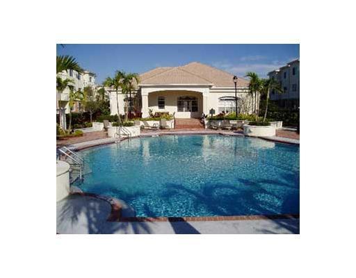 9825 Baywinds Drive 1207 West Palm Beach, FL 33411