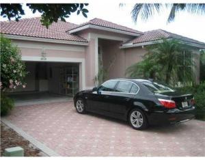 Maison unifamiliale pour l à louer à 8828 Sandown Way 8828 Sandown Way Boynton Beach, Florida 33472 États-Unis