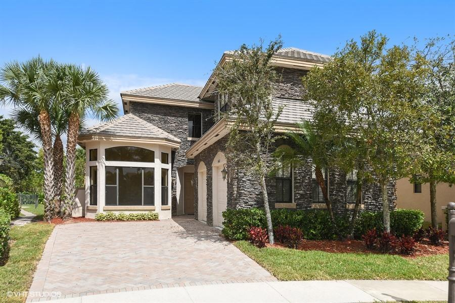 3442 Collonade Drive Wellington, FL 33449