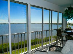 The Admiralty Condo - Palm City - RX-10218224