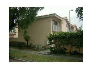 Additional photo for property listing at 6640 SW 12th Street 6640 SW 12th Street Miami, Florida 33144 Estados Unidos