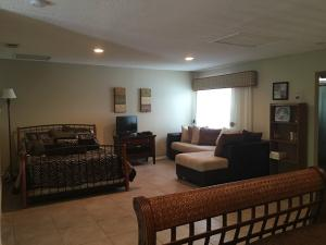Additional photo for property listing at 1003 Ocean Dunes Circle 1003 Ocean Dunes Circle Jupiter, Florida 33477 United States