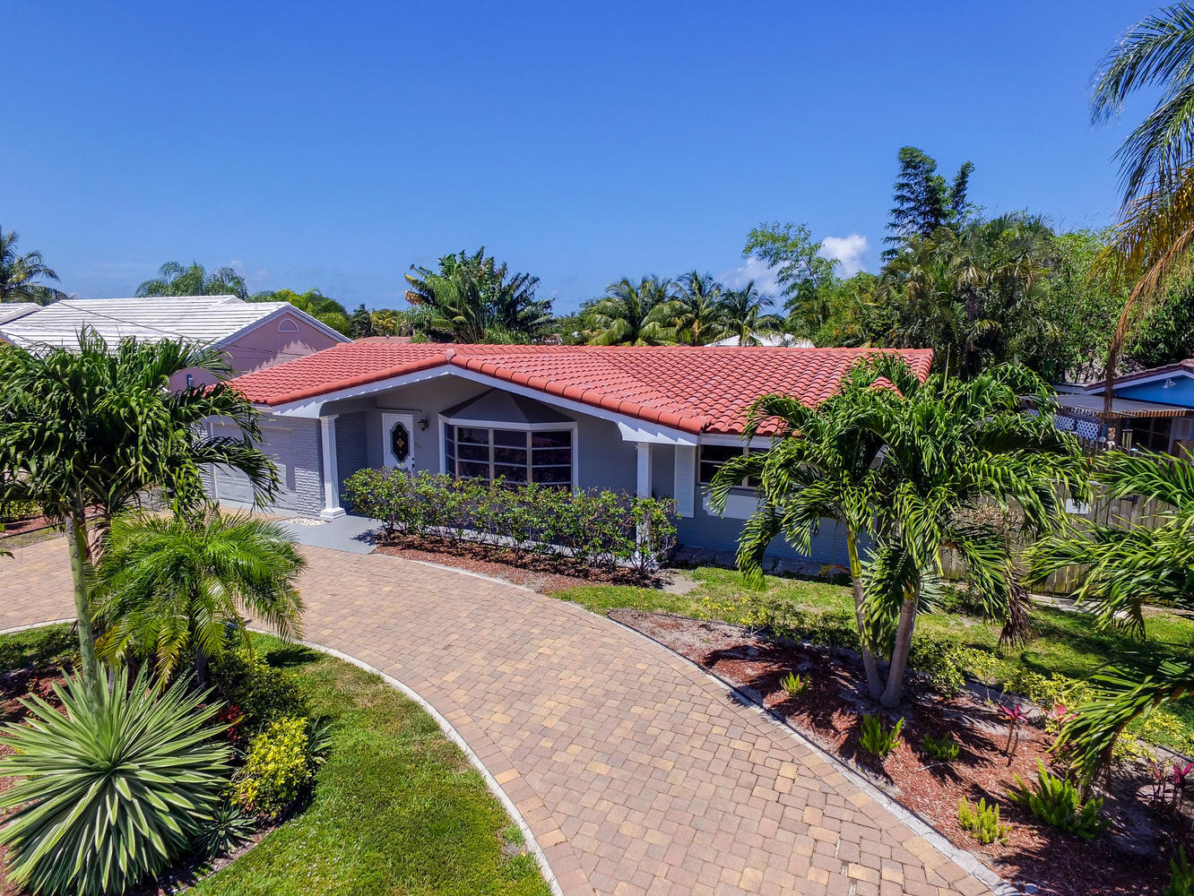 Home for sale in The Cove 3rd Deerfield Beach Florida