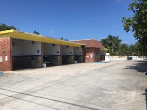 Comercial para Venda às 1310 N Federal Highway 1310 N Federal Highway Boynton Beach, Florida 33435 Estados Unidos