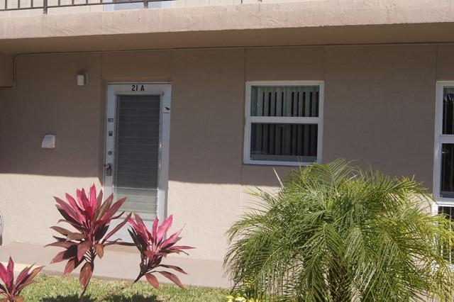 22 Golfs Edge B West Palm Beach, FL 33417