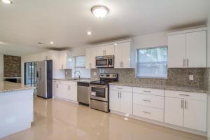 Property for sale at 5899 Vista Linda Lane, Boca Raton,  FL 33433