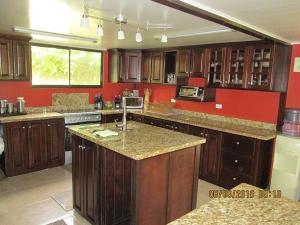 واحد منزل الأسرة للـ Rent في Ca 15 Av Pacuar Other Areas, Florida 00000 United States