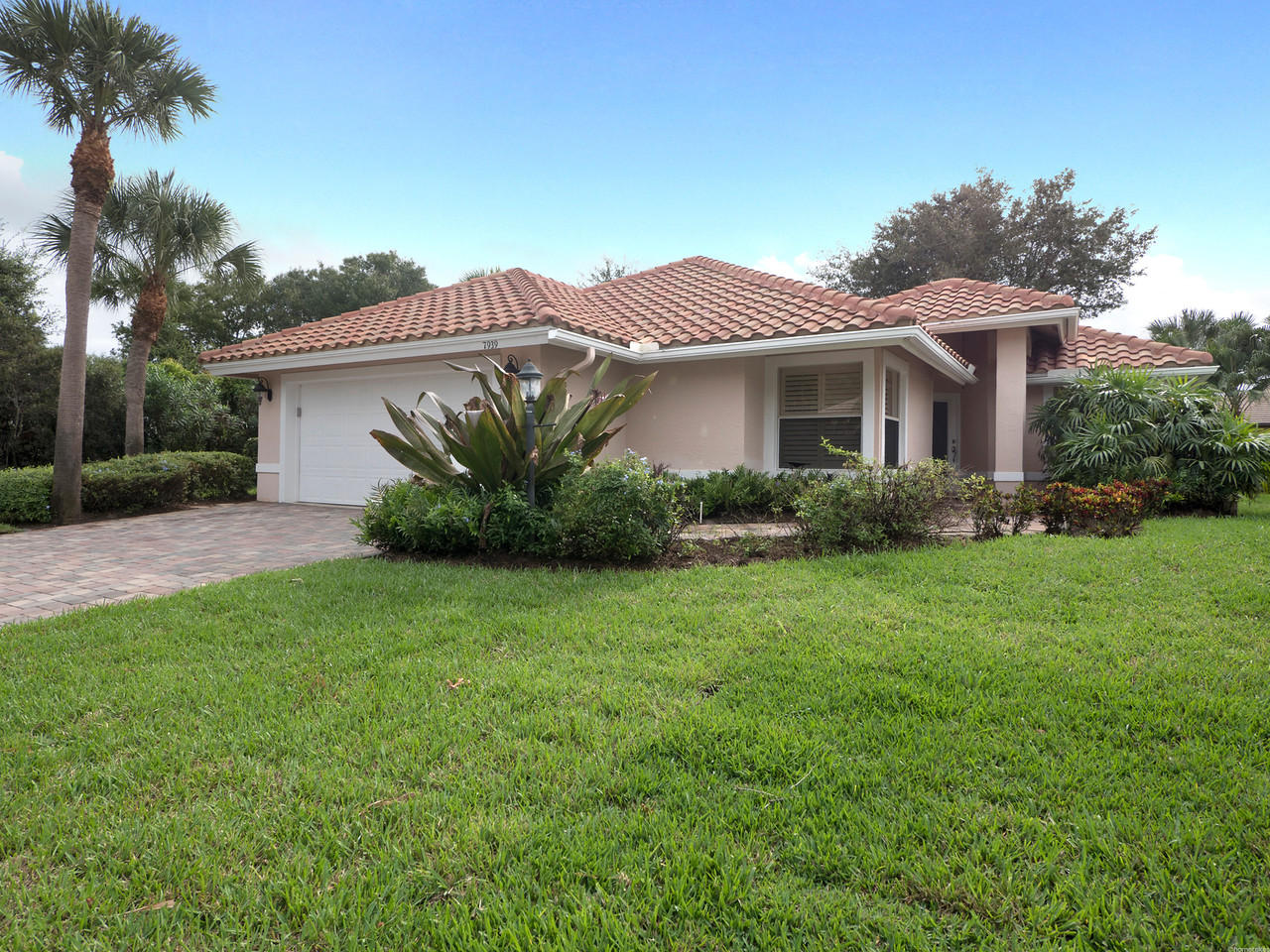 Home for sale in Hobe Sound Golf Club Hobe Sound Florida