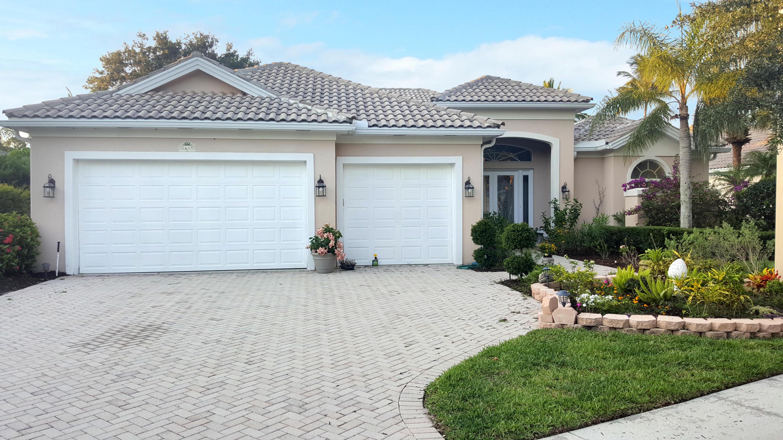 1641 Flagler Manor Circle West Palm Beach, FL 33411