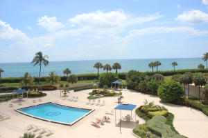 Additional photo for property listing at 200 Ocean Trail Way 200 Ocean Trail Way Jupiter, Florida 33477 États-Unis