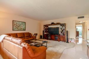Property for sale at 15090 Ashland Place Unit: E180, Delray Beach,  FL 33484