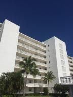 Lake Harbour Towers Cond S 222.79 Of N 4