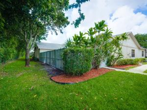 Property for sale at 8888 Thumbwood Circle Unit: B, Boynton Beach,  FL 33436