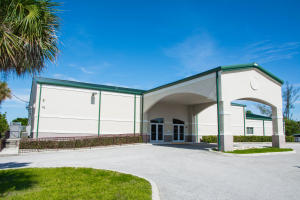 komerziell für Verkauf beim 2120 Avenue S 2120 Avenue S West Palm Beach, Florida 33404 Vereinigte Staaten