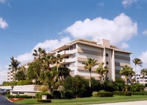 Carlyle House Condo