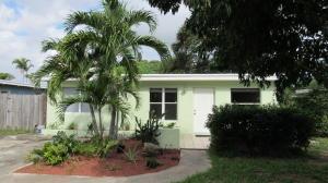 Property for sale at 221 SE 4th Avenue, Boynton Beach,  FL 33435