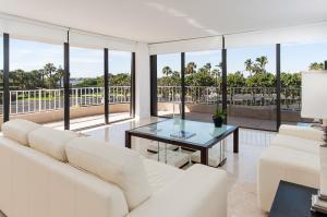Atriums Of Palm Beach Condo