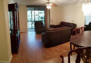Property for sale at 5220 Las Verdes Circle Unit: 320, Delray Beach,  FL 33484