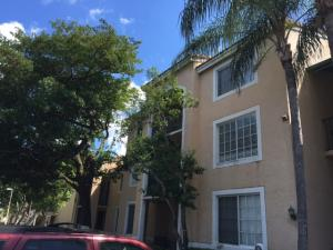 Additional photo for property listing at 1749 Village Boulevard 1749 Village Boulevard West Palm Beach, Florida 33409 Vereinigte Staaten