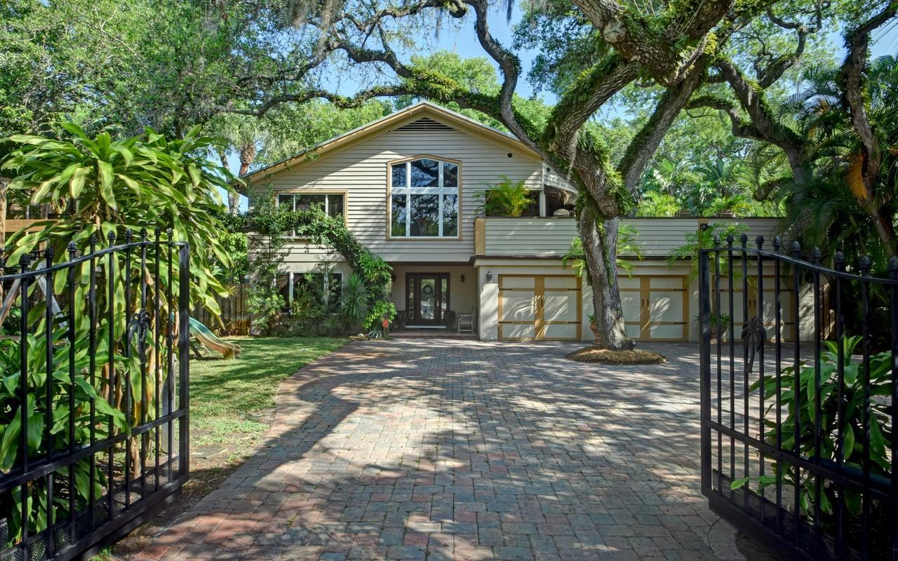 Home for sale in VEROMAR SUB Vero Beach Florida