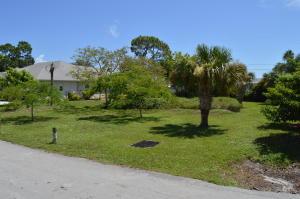 Property for sale at 19075 SE Homewood Avenue, Tequesta,  FL 33469