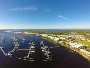 The Harborage Yacht Club