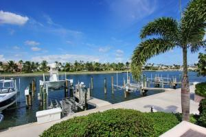 Maison accolée pour l Vente à 6529 SE South Marina Way 6529 SE South Marina Way Stuart, Florida 34996 États-Unis