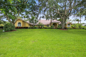 Property for sale at 17888 Fieldbrook Circle, Boca Raton,  FL 33496
