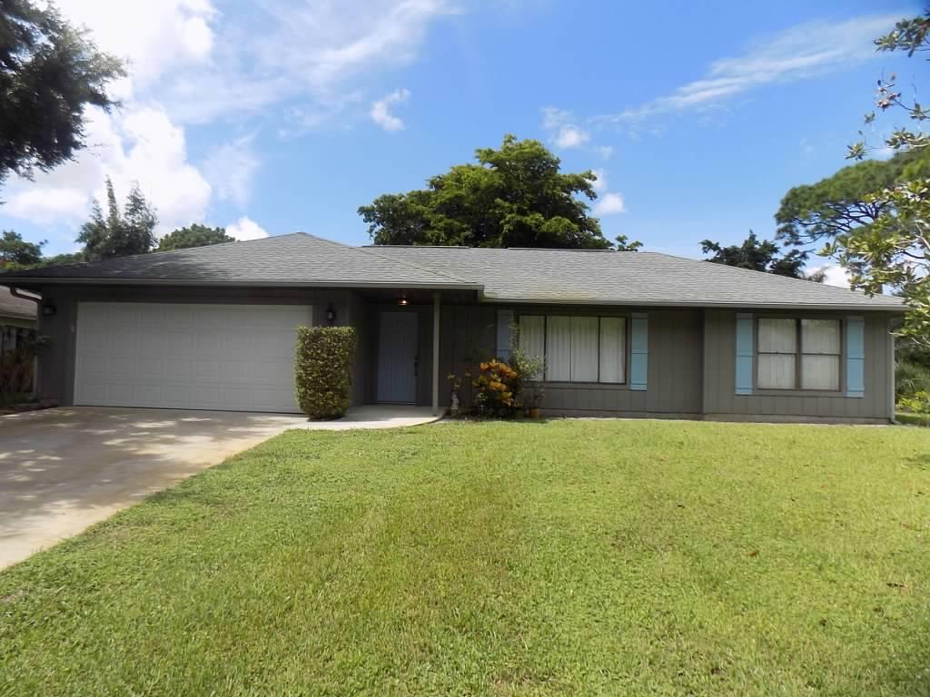 Home for sale in PINECREST SUB UNIT 2 Vero Beach Florida