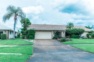 Property for sale at 5395 Piping Rock Drive, Boynton Beach,  FL 33437