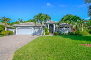 Single Family Home for Sale at 4865 SE Longleaf Place Hobe Sound, Florida 33455 United States