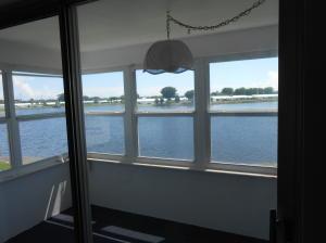 Property for sale at 1116 Lake Terrace Unit: 210, Boynton Beach,  FL 33426