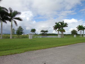 Additional photo for property listing at 6330 SW Saddlebrook Lane 6330 SW Saddlebrook Lane Palm City, Florida 34990 Vereinigte Staaten