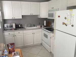 Property for sale at 94 Suffolk C Unit: 94, Boca Raton,  FL 33434