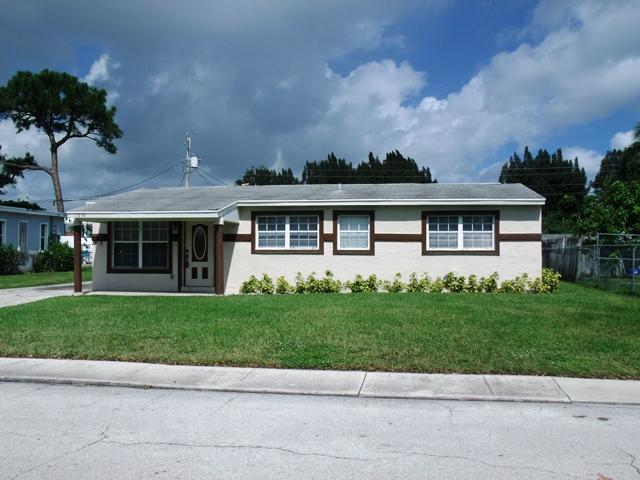 1258 W 26th Court West Palm Beach, FL 33404