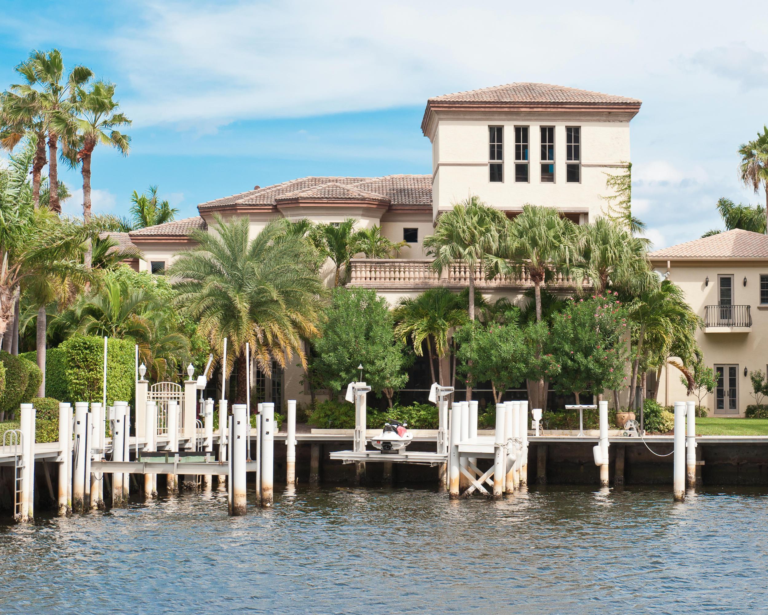 1008 Grand Court Highland Beach, FL 33487 RX-10276477