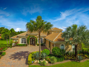 Single Family Home for Sale at 505 SE Tres Belle Circle Stuart, Florida 34997 United States