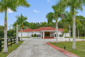 Single Family Home for Sale at 12981 Casey Road Loxahatchee, Florida 33470 United States