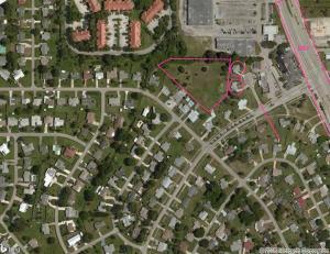 Comercial para Venda às 103 Englewood Drive Port St. Lucie, Florida 34983 Estados Unidos